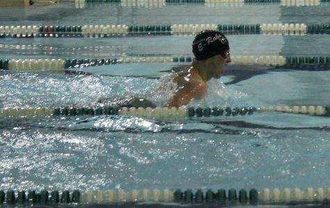Swim team stays strong despite challenges